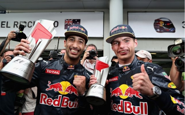 Max Verstappen in Formule 1 Grand Prix Japan in HD op Ziggo Sport