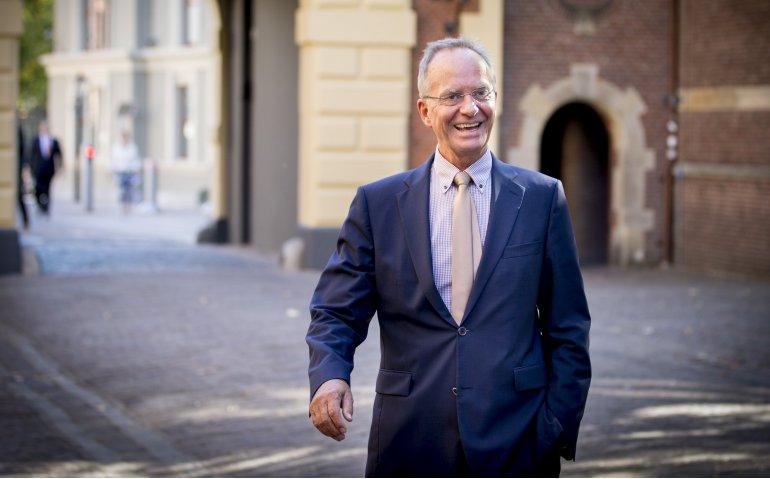 Geen zorgen bij kabinet over duopolie Ziggo en KPN