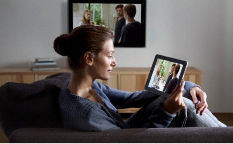 Online snoept kijkers bij traditionele tv weg
