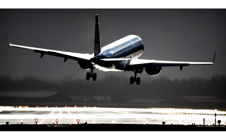 Regionale omroep NH live bij vliegtuigongeluk Schiphol