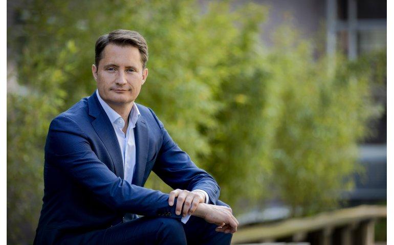 Topman Bert Habets van RTL Nederland naar RTL Group