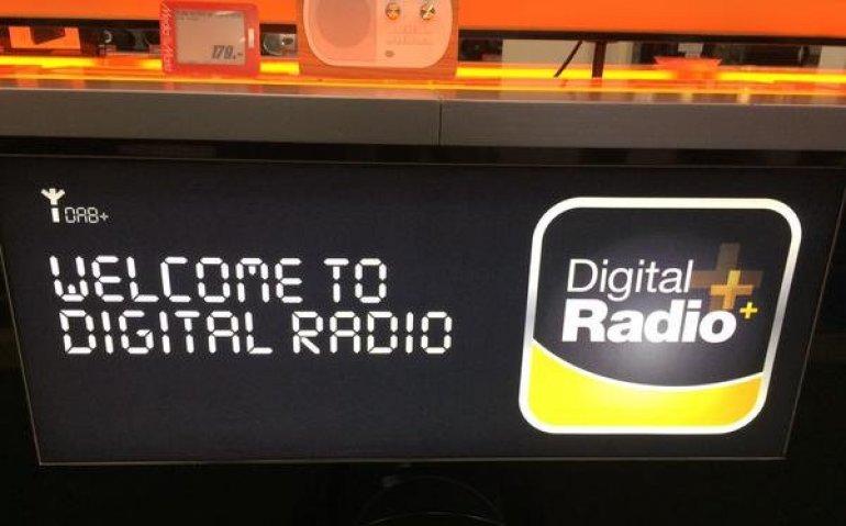 Overstap FM naar DAB+ kost veel luisteraars