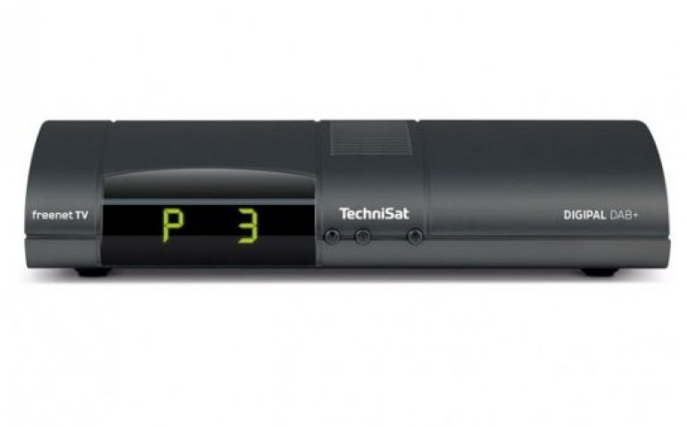 Technisat combineert DAB+ met DVB-T2 HEVC en met OLED