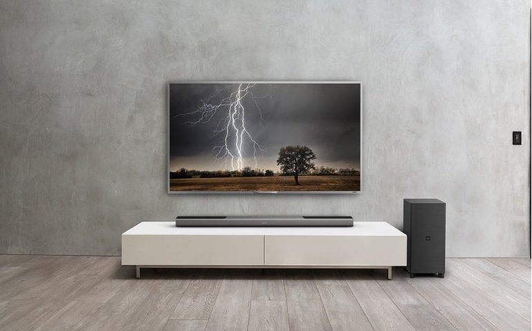 Getest in Totaal TV: Philips Fidelio B8, een fraaie soundbar met Dolby Atmos