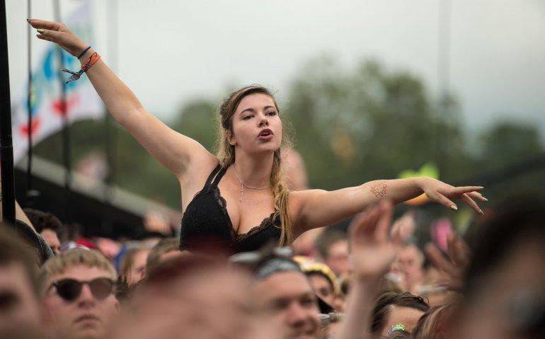 Muziekfestival Glastonbury live op BBC: satellietkijker heeft VIP-plaatsen