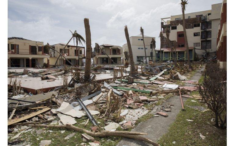 VodafoneZiggo helpt met herstel communicatie Sint-Maarten
