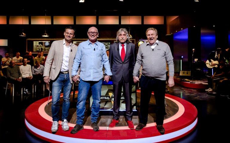 Zet Johan Derksen met kritiek op RTL nieuw seizoen Voetbal Inside op het spel?