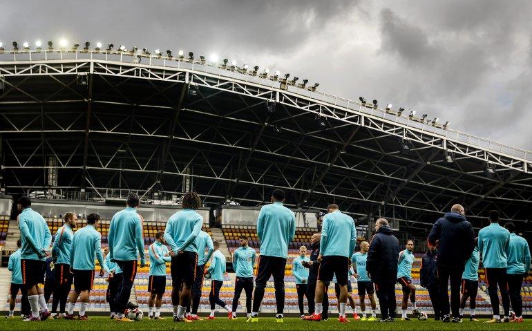 Voetbal: Wit-Rusland – Nederland live bij NOS op tv, radio en internet