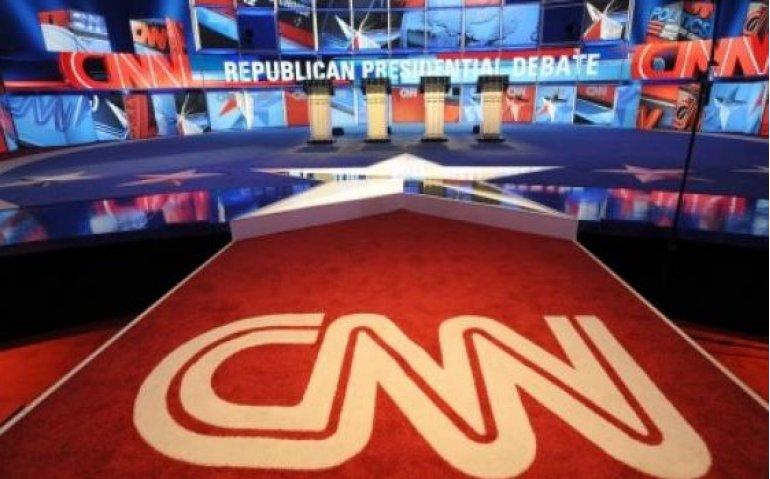 Trump dreigt tv-zenders uitzendlicentie af te nemen vanwege fake news