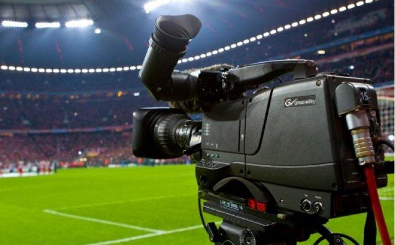 Illegaal naar voetbal kijken wordt moeilijker
