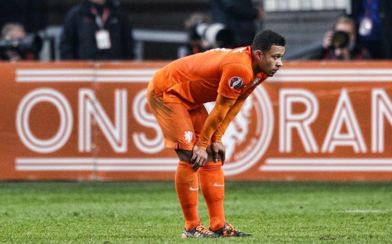 'NOS wil tientallen miljoenen euro aan uitzendrechten voetbal uitgeven'