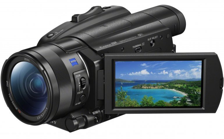 Getest in Totaal TV: Sony FDR-AX700 Ultra HD camcorder ...