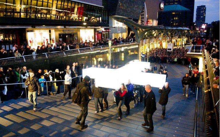 The Passion vanuit Amsterdam Bijlmer live op tv, radio en internet