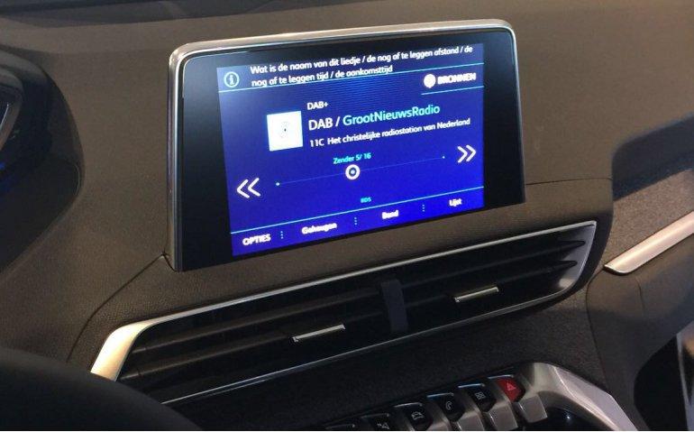 Weer actie om godsdienstige radiozender in de lucht te houden