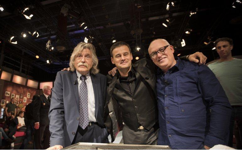 VI Oranje laatste klus Genee, Van der Gijp en Derksen voor RTL