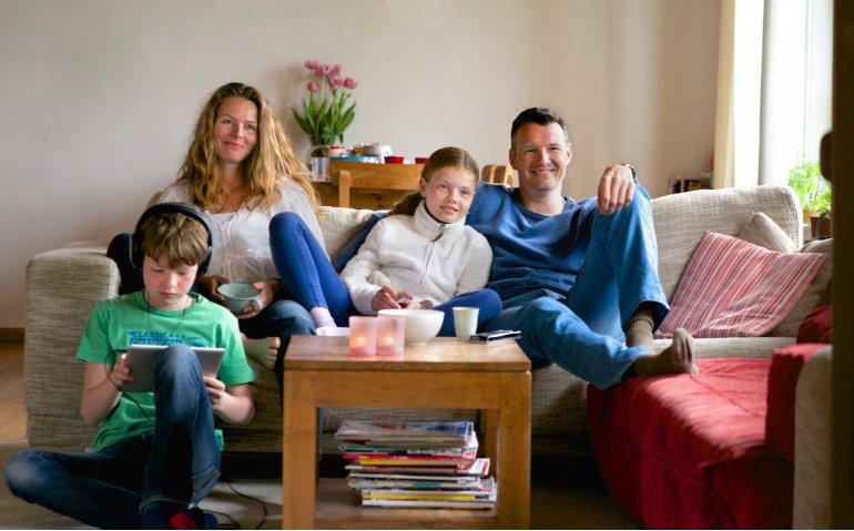 Vijf procent huishoudens stopt met televisie-abonnement en kijkt online