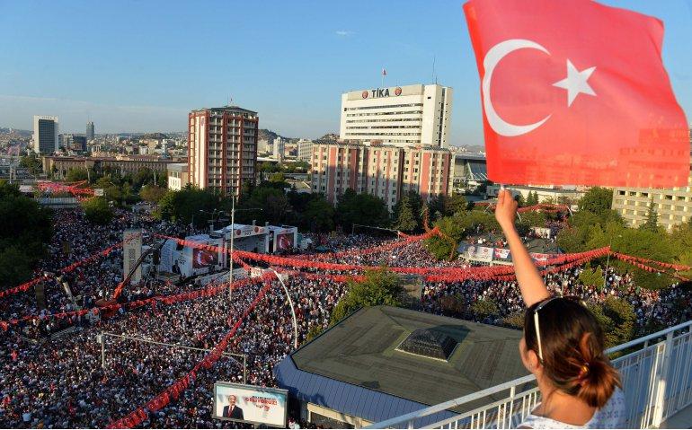 Verkiezing Turkije uitgebreid op nieuwszenders