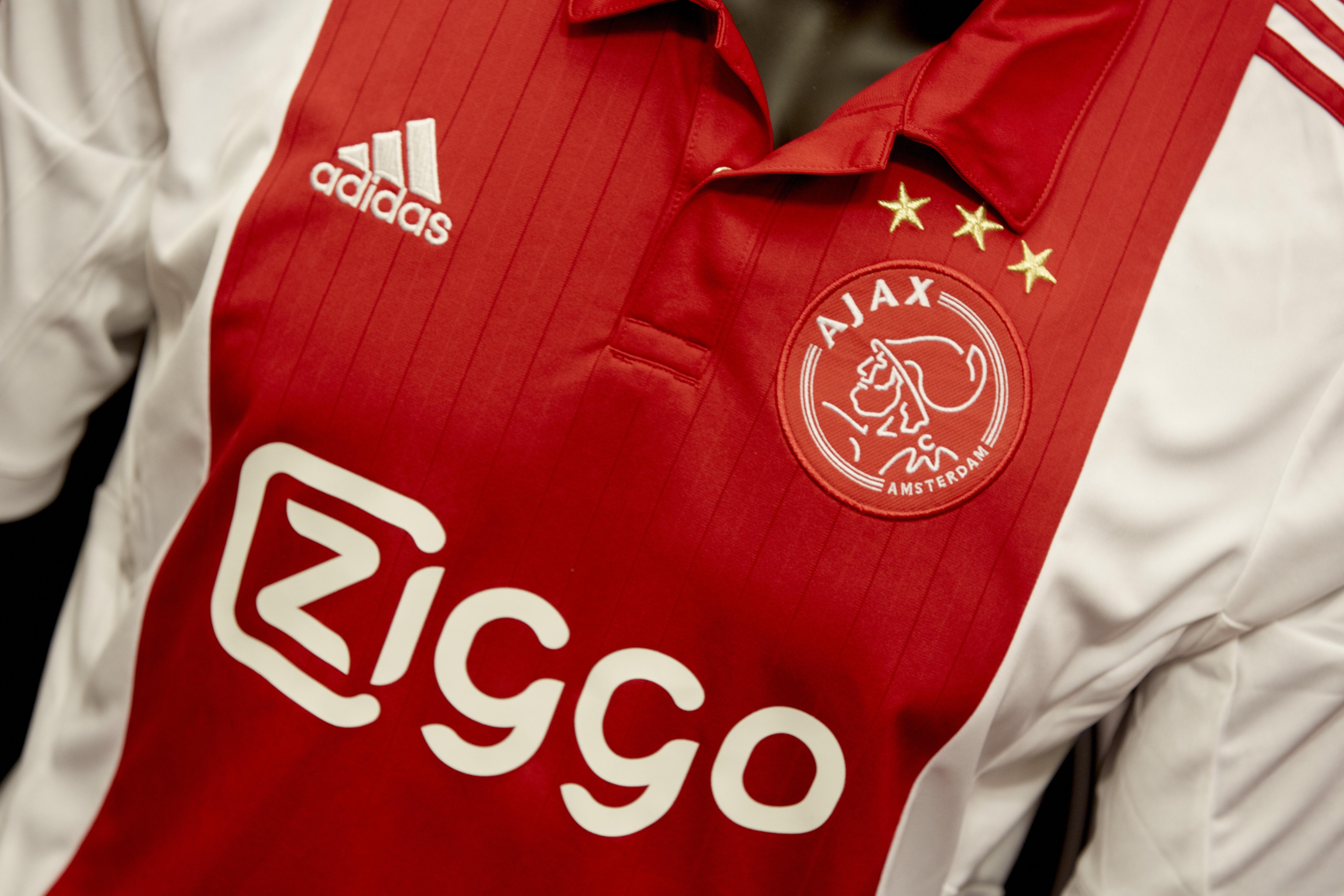 Dynamo Kiev - Ajax live op televisie en radio