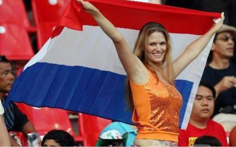 WK voetbal play-off Nederland – Denemarken live op televisie en radio