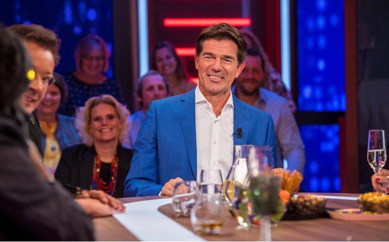 Twan Huys voelt RTL Late Night beter aan, maar komt klik niet te laat?