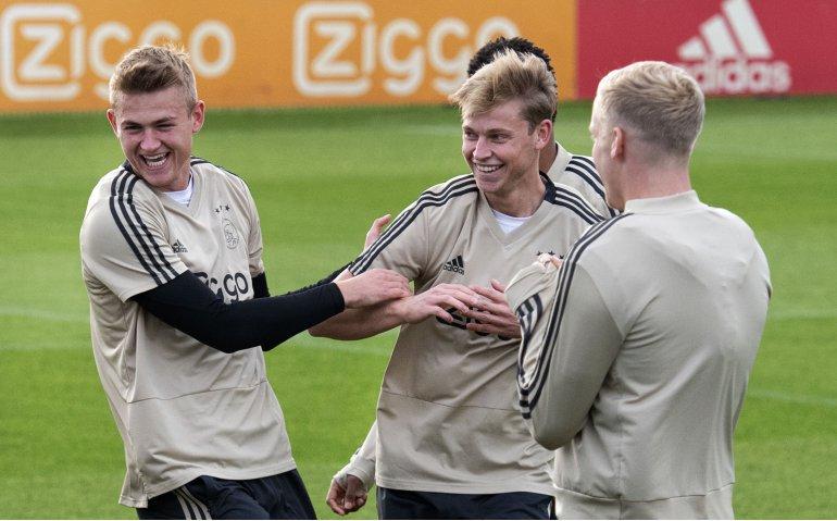 Ajax – Bayern München live op televisie en radio