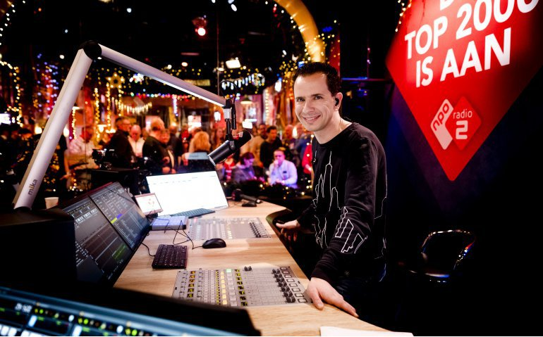 NPO Radio 2 Top 2000 met beeld en geluid bij alle tv-aanbieders