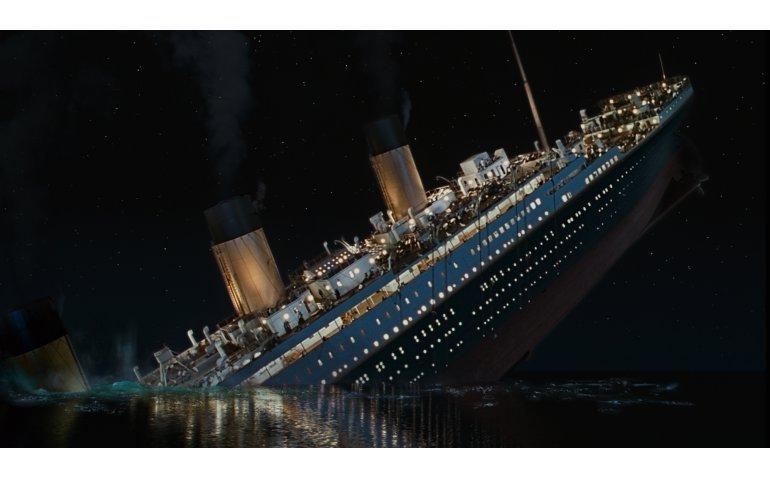 Kijkers boos op SBS6: Veel reclame en Titanic in twee delen gebroken