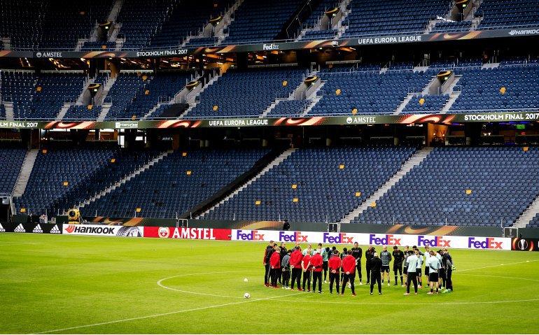 Ajax – Heerenveen live op televisie en radio