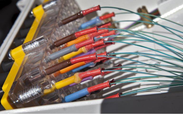 'KPN haalt krenten uit de pap bij aanleg nieuw glasvezelnetwerk'