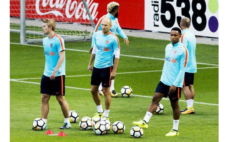 Voetbal: Nederland – Wit-Rusland live op televisie, radio en internet