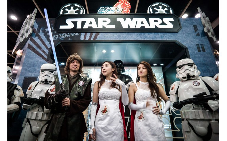 Online streamingdienst Disney+ half zo duur als Netflix