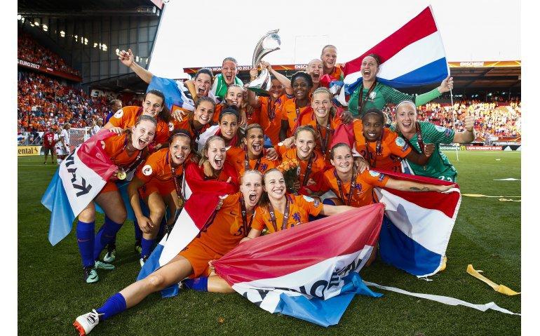 WK voetbal vrouwen van eerste tot laatste minuut live bij NOS