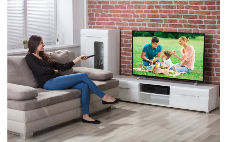 Energie besparen? Begin met de televisie