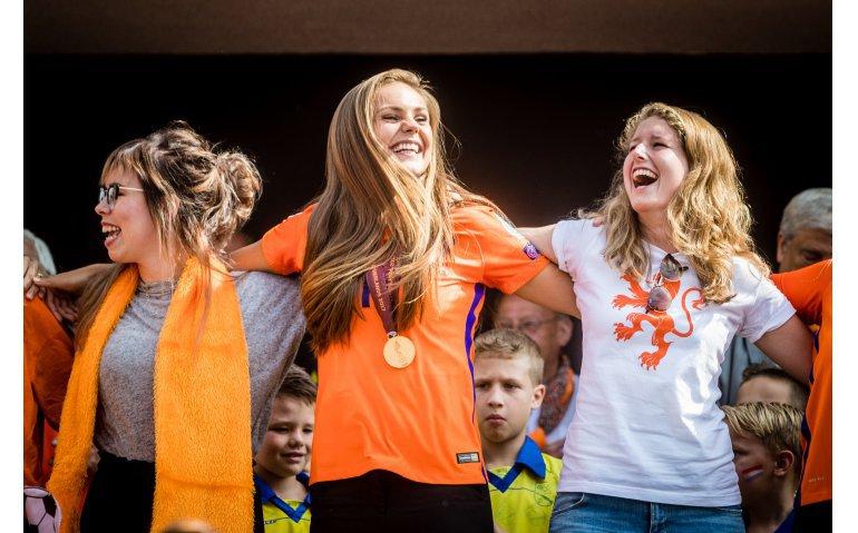 WK voetbal: Nederland – Kameroen live op televisie, internet en radio