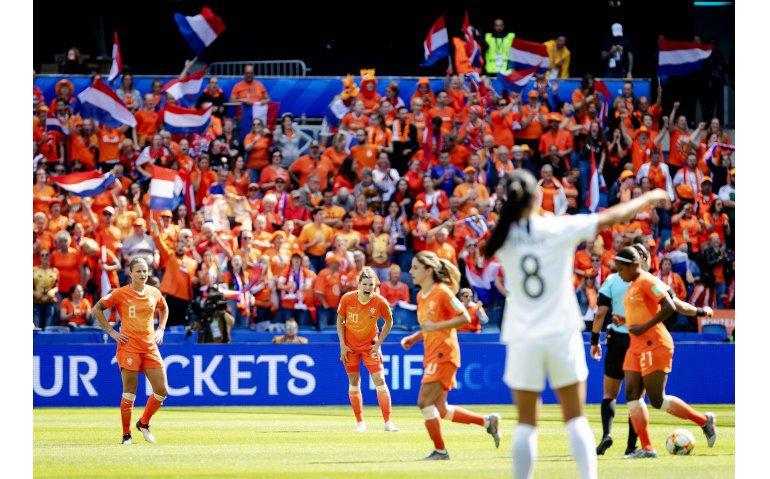 NPO verplaatst WK finale voetbal Oranjeleeuwinnen