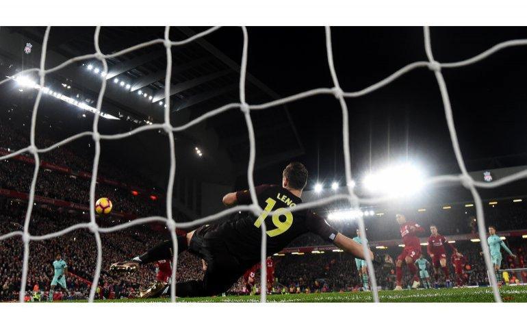 Illegaal kijken mede door voetbal en betaalzenders zelf populair