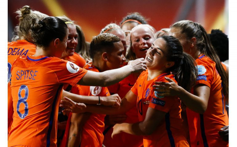 Voetbal Oranjeleeuwinnen: Nederland – Rusland live op Veronica