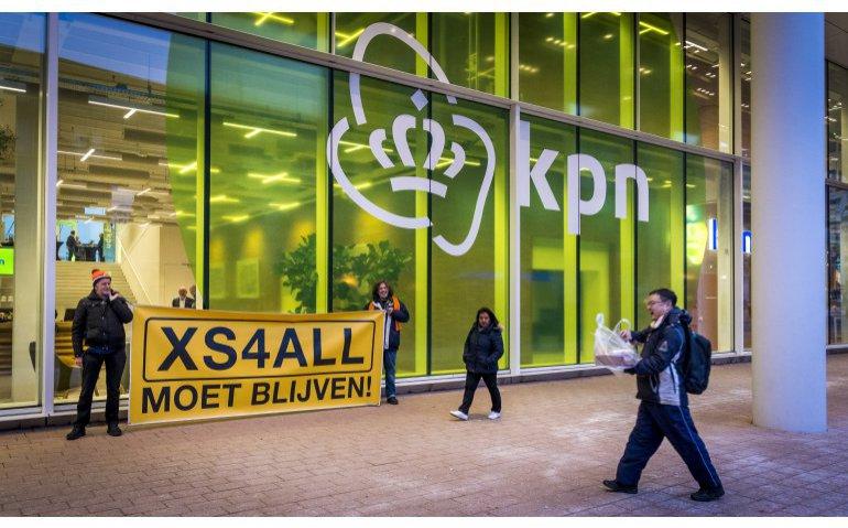 XS4All Moet Blijven actie hoofdkantoor KPN Rotterdam