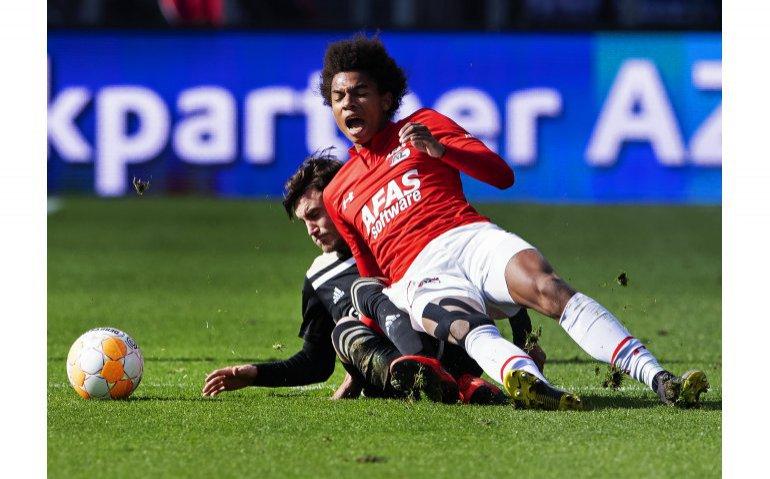 Voetbal AZ Calvin Stengs