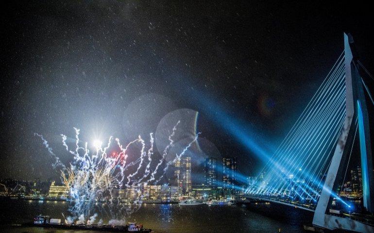 Vuurwerk Erasmusbrug Rotterdam