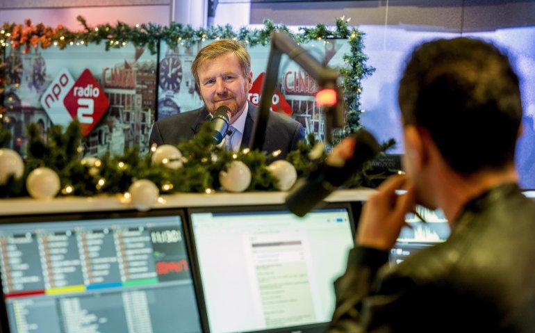 King Willem-Alexander visits NPO Photo: Albert Nieboer