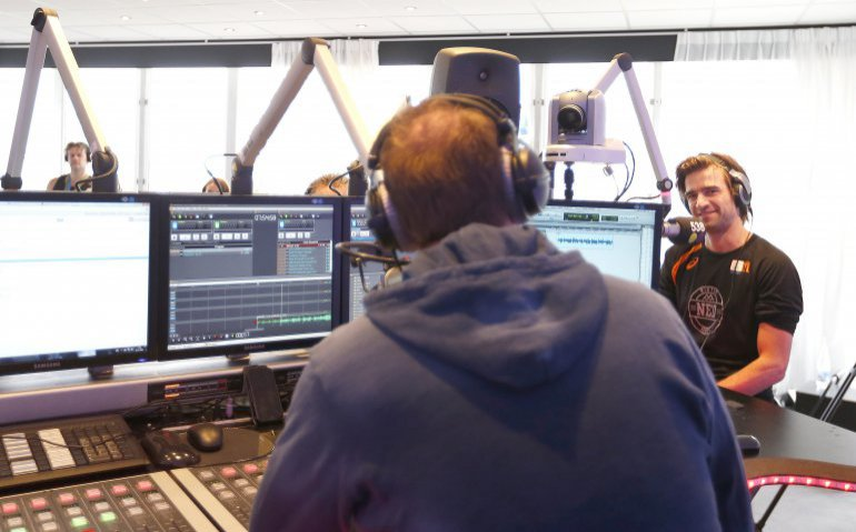radio Ziggo analoog studio NPO