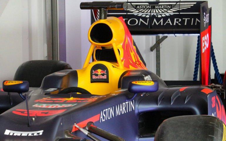 Red Bull met Max Verstappen in Formule 1