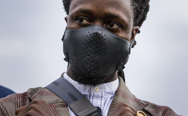 Akwasi richt Omroep Zwart op