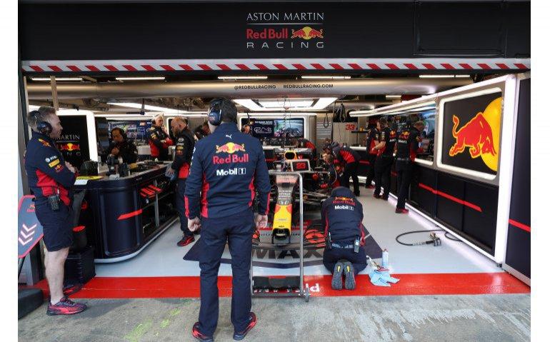Pitbox Max Verstappen Red Bull