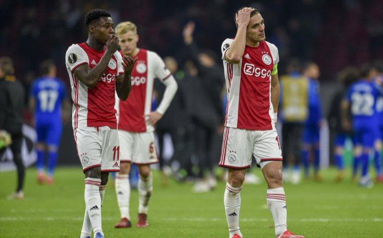 Ajax – FC Midtjylland live op tv, radio en online