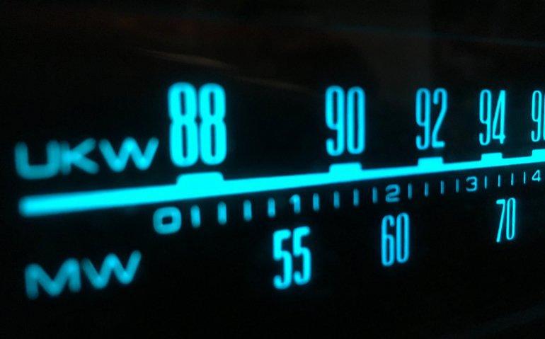 Radiopiraten veroveren FM: AT haalt diverse zenders uit de lucht