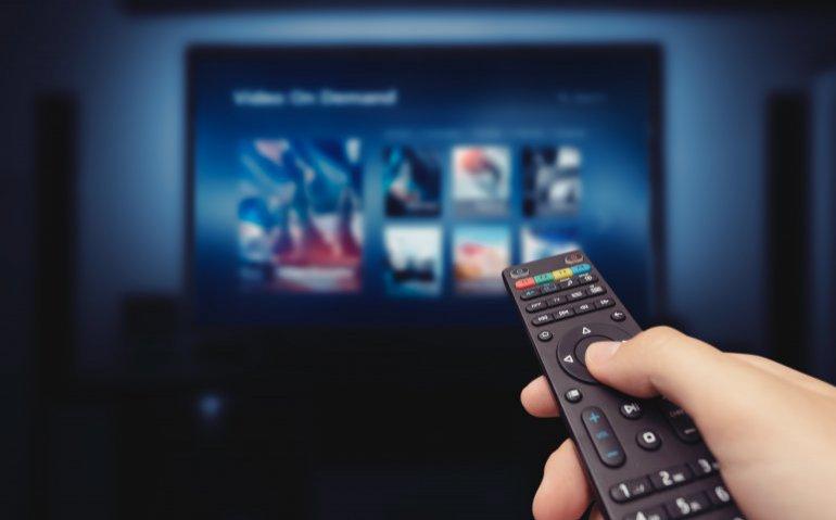 Ziggo zet analoge tv in meer regio's op zwart