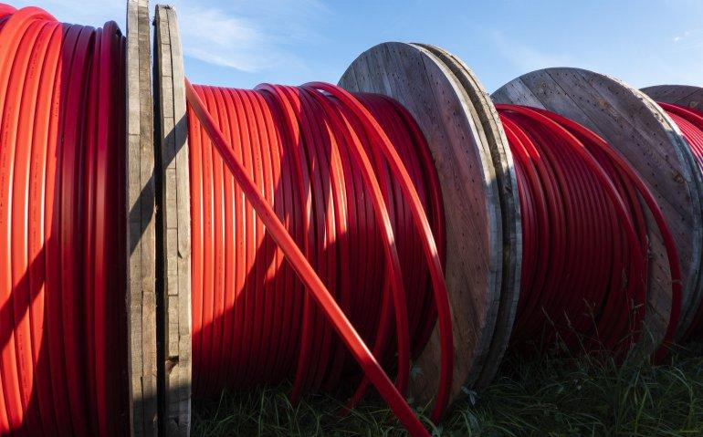 KPN NetwerkNL: aanleg glasvezel ligt op koers