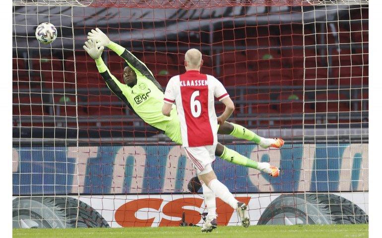 Waar kan je Ajax – AS Roma live volgen?